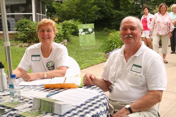 Master Gardener Ann Case and Volunteer Ron Schlapprizzi